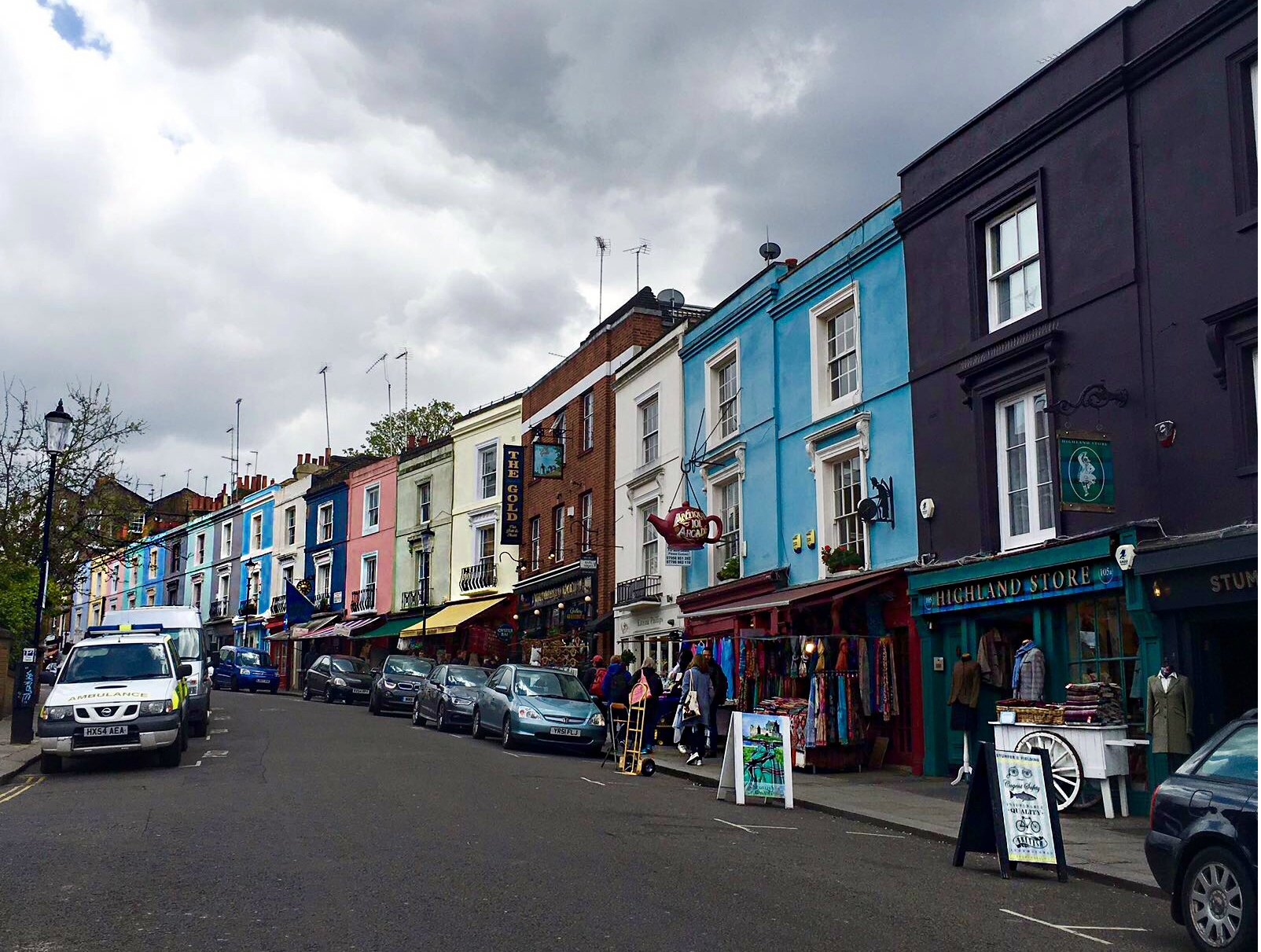 Can You Bring Glass To Notting Hill