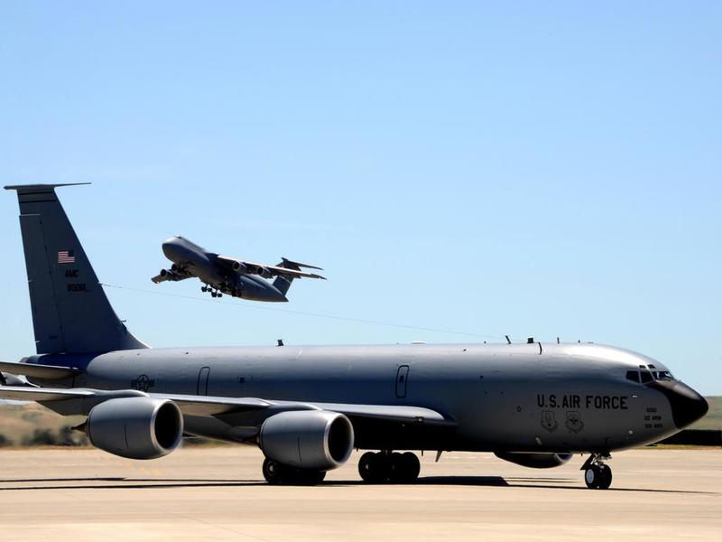 This Is The Gap In Air Force, Boeing Outlooks For Tanker Delivery