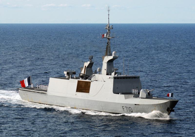 MARINA FRANCESA - Página 3 La%20Fayette_navy%201_