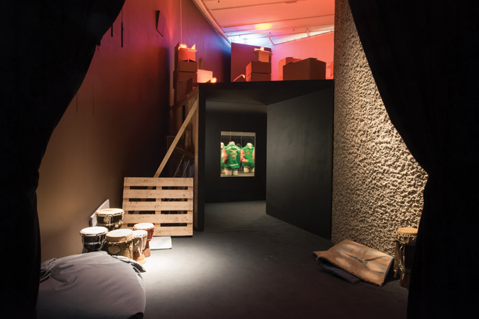 The objects in this room appear to bear no relation to one another. Image Credit: Max Colson