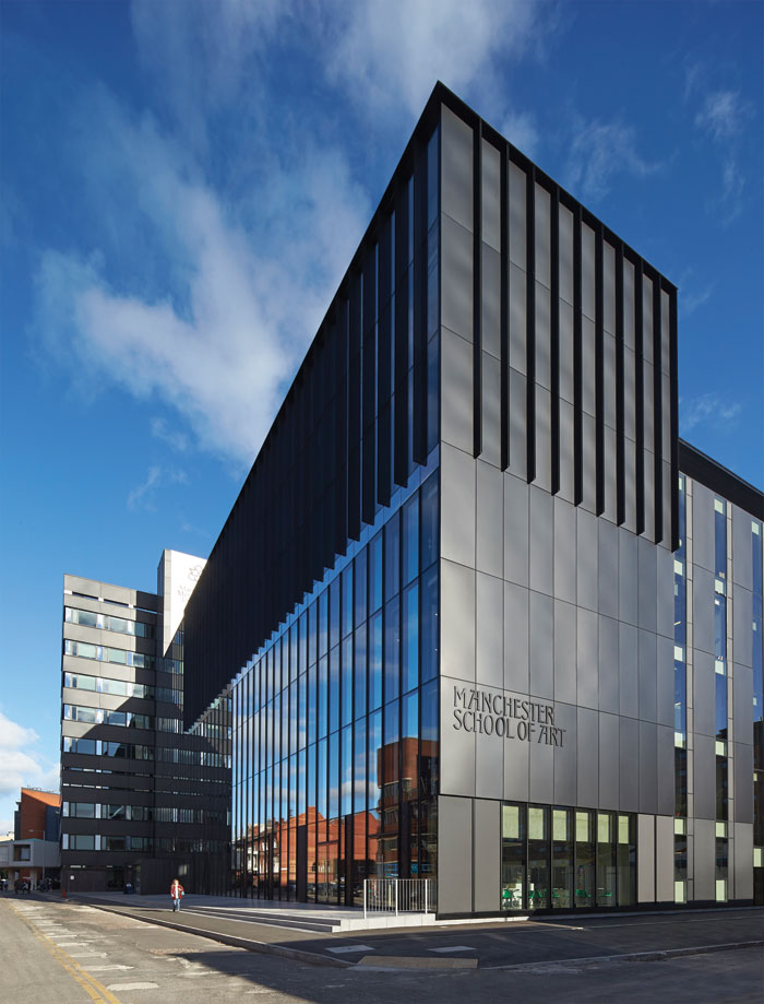Feilden Clegg Bradley Studio's Manchester School of Art (2013). Image Credit: Hufton + Crow