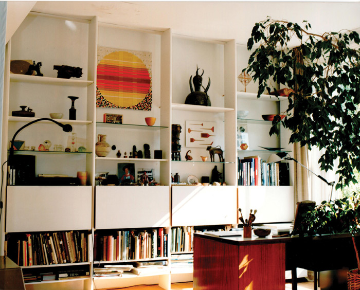 Cheyne Walk living room, 1990s. Image Credit: Robin and Lucienne Day Foundation