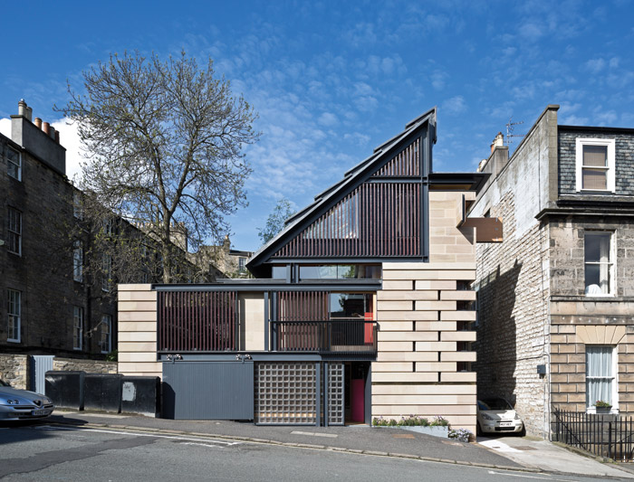 The house responds to the surrounding Georgian architecture and is designed to finish and book-end the adjacent terrace