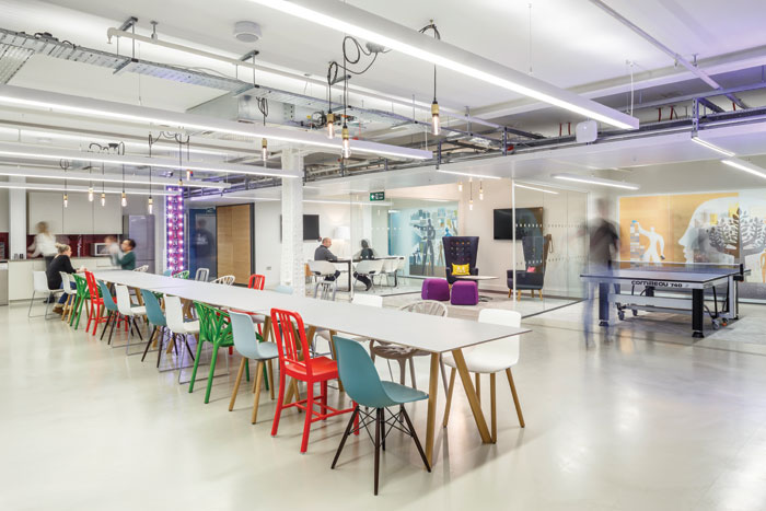 Mendeley offices   Made up of 1,860 sq m suite of off ices, the project responds to a complex technical brief. Staff needed to work at their optimum level when coding, including working alone, in pairs, in small and large groups; sitting, standing and collaborating with varying privacy: fully private, semi-private, or open meeting areas. Relaxation areas were also incorporated.