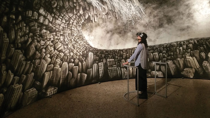 Hyperplanes of Simultaneity (2015): Fabio Giampietro & Alessio de Vecchi. Samsung Gear VR Unity Lumen Prize Gold Award winner, this innovative work uses virtual reality to allow the viewer to appear to step into an actual painting of a towering cityscape