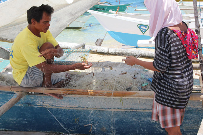 Illustrates the Net-Works initiative, being assessed for discarded fishing nets after-life and benefits