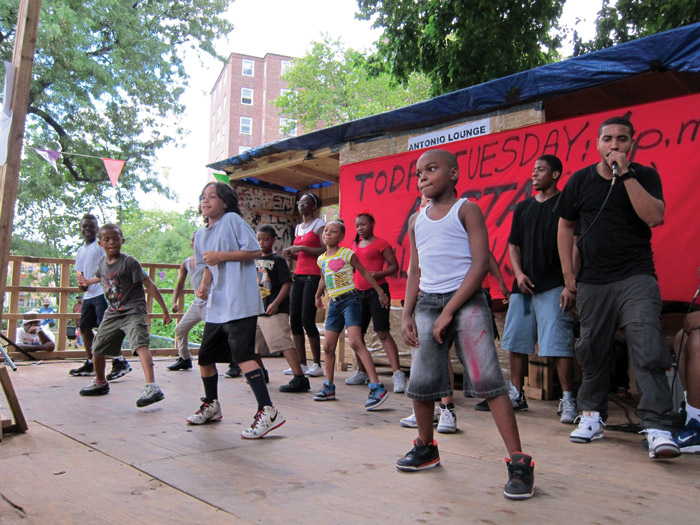 Dance was one of the activities in the Gramsci Monument Bronx event
