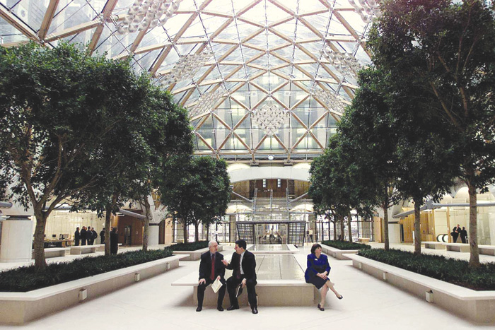 Designed by Hopkins Associates, Portcullis House was planned to meet requirements not dissimilar to the Europa in Brussels