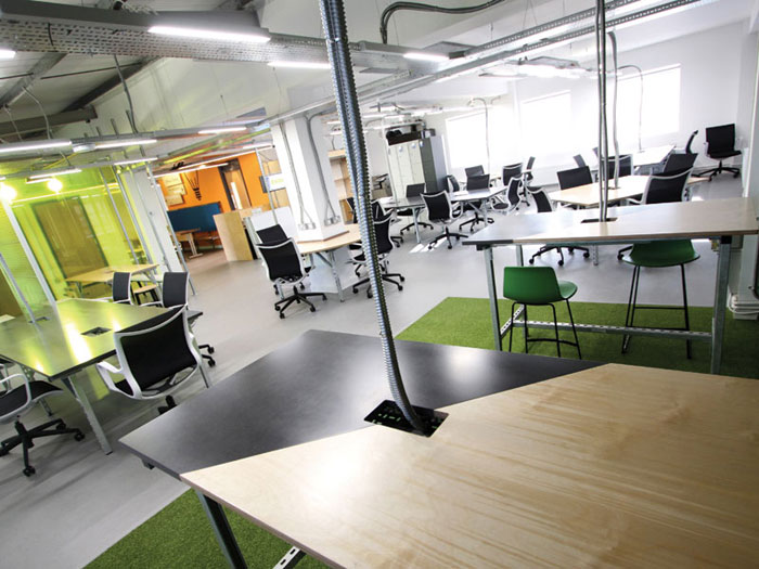 Both open and private space feature to support four key work styles: concentration, collaboration, socialisation and education