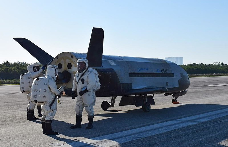 Secret space plane acrrying USAF experiments to take flight on 7th September