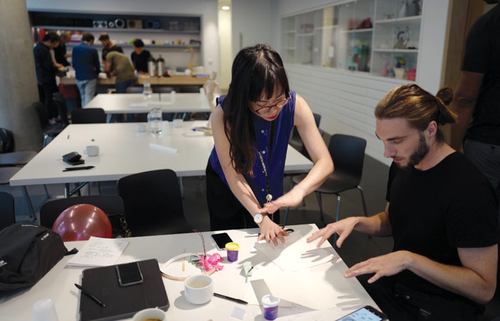 Soomi Park running the Do Robots Blush? workshop at the Design Museum, June 2017
