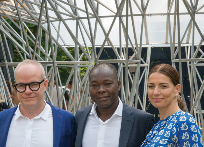 Francis Kéré with Hans Ulrich Obrist, artistic director of the Serpentine Galleries, and its CEO Yana Peel