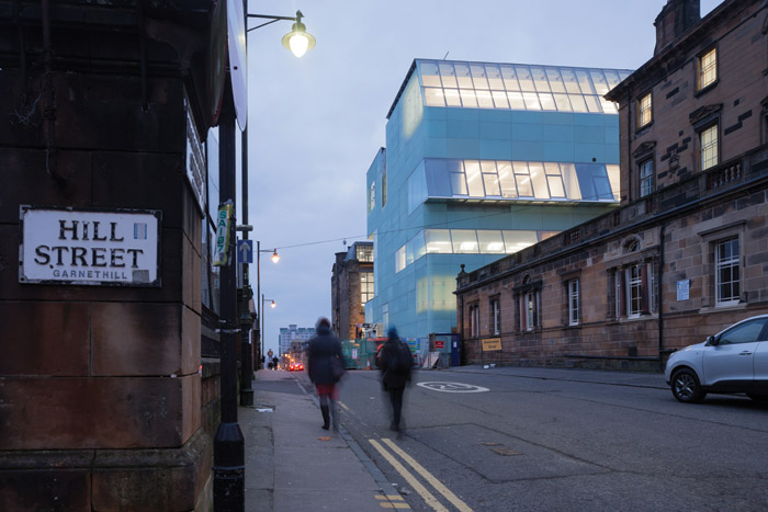 The 'cliff of glass' was one description given to Steven Holl's contribution to Hill Street. Image Credit: Iwan Baan