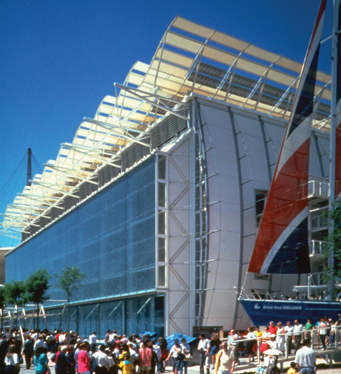 Sustainability had been a long-term concern of Nicholas Grimshaw and the design of the naturally cooled and ventilated UK Pavilion at the Seville Expo in 1992 brought this to the fore