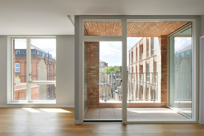 Floor-to-ceiling glazing ensures generous levels of daylight