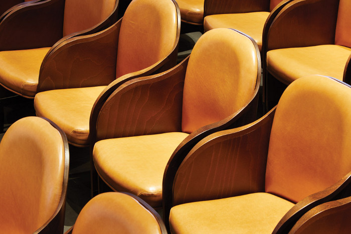 All leatherupholstered theatre seats are bespoke, designed by SODA with with Race Furniture.  Image credit: Jack Hobhouse