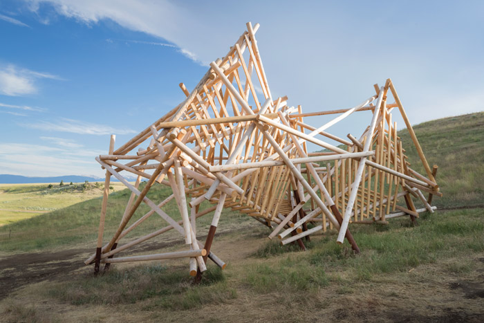 Stephen Talasnik's yellow cedar and steel sculpture, Satellite #5: Pioneer (2016). Image Credit: Iwan Baan