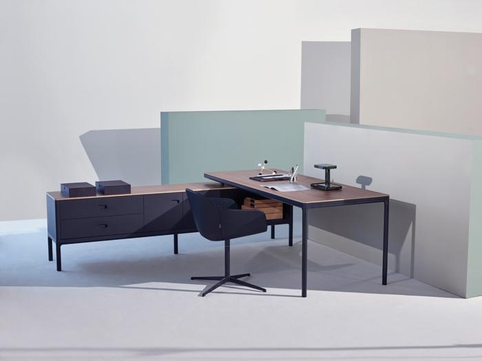 Edge Executive desk designed by PearsonLloyd for Modus Furniture