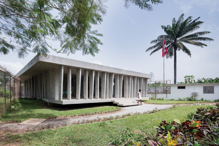 LocalArchitecture created the new Swiss Embassy in Abidjan, Ivory Coast, by converting a Sixties' villa, previously owned by Norway. Image Credit: Iwan Baan