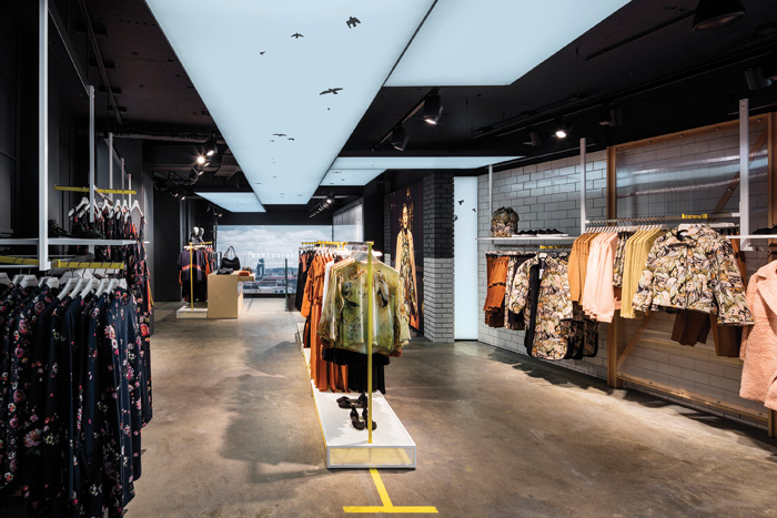 Retail Space Winner - Warehouse, Argyll Street by Checkland Kindleysides with Alasdhair Willis
