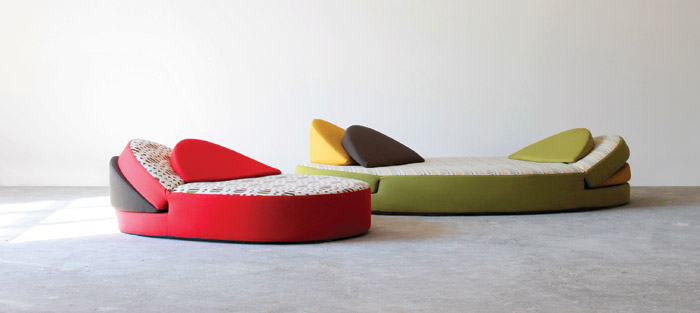 Gezellig: This a type of seat that occupies the middle ground between a mattress and a sofa. Pallarès' aim was to offer new ways to relax in social situations. Gezellig was created for an environment without television to promote human interaction. However, the design is flexible enough to be also enjoyed in quiet solitude.
