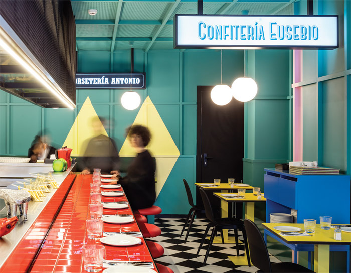 Best Bar or Restaurant : Las Chicas, Los Chicos y Los Maniquís by El Equipo Creativo