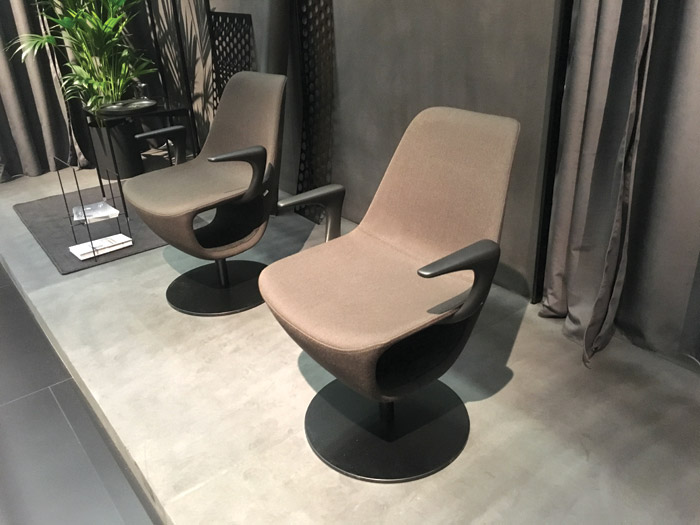 Lounge chairs from Profim