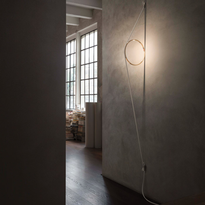 WireRing wall light