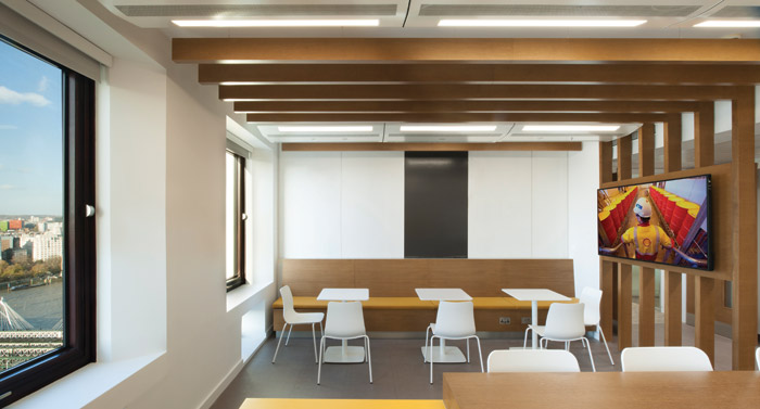 Workspaces in the refurbished building are more flexible, reflecting that 48 per cent of staff work flexibly