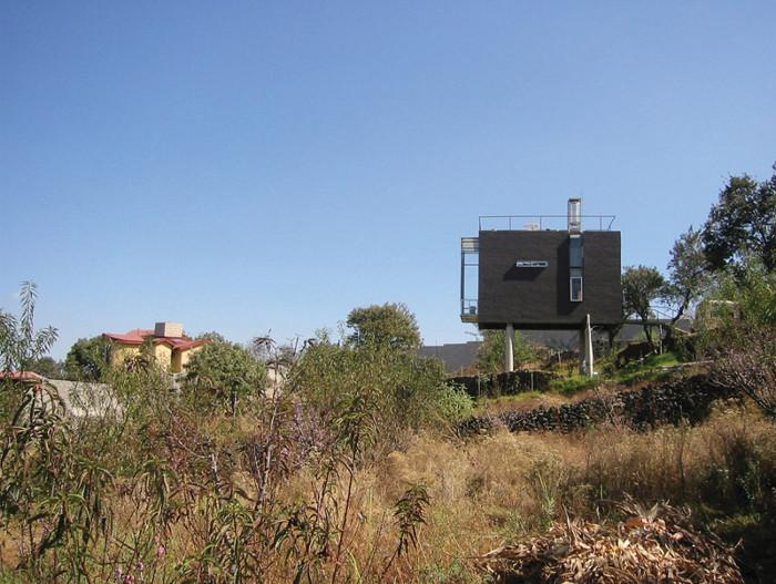 Casa Negra was inspired by a camera obscura. Image credit: JOSÉ FERNANDO SÁNCHEZ.