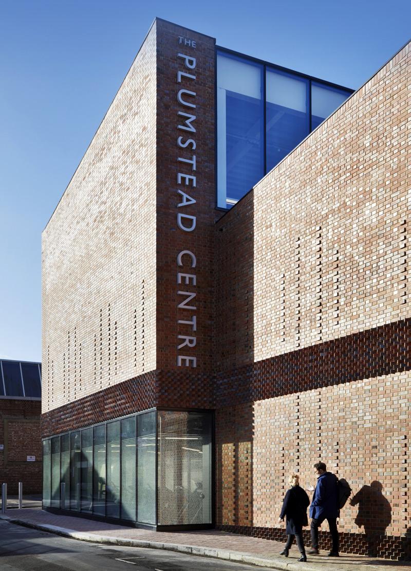 这个建筑的建筑结构,他们有一套建筑,当地的儿童学校