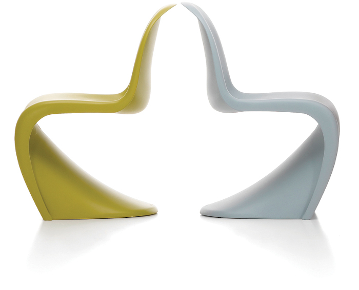 The S-shaped one-piece chair by Panton