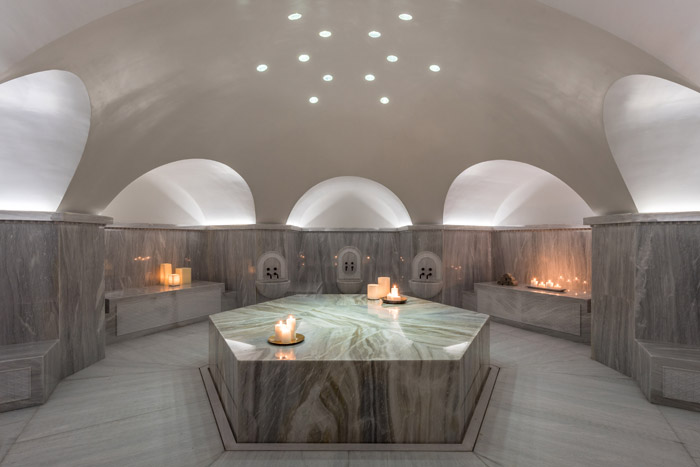 Another wellness room, with lighting designed to ease and relax guests into a paradisical bliss. Image Credit: Giorgos Sfakianakis