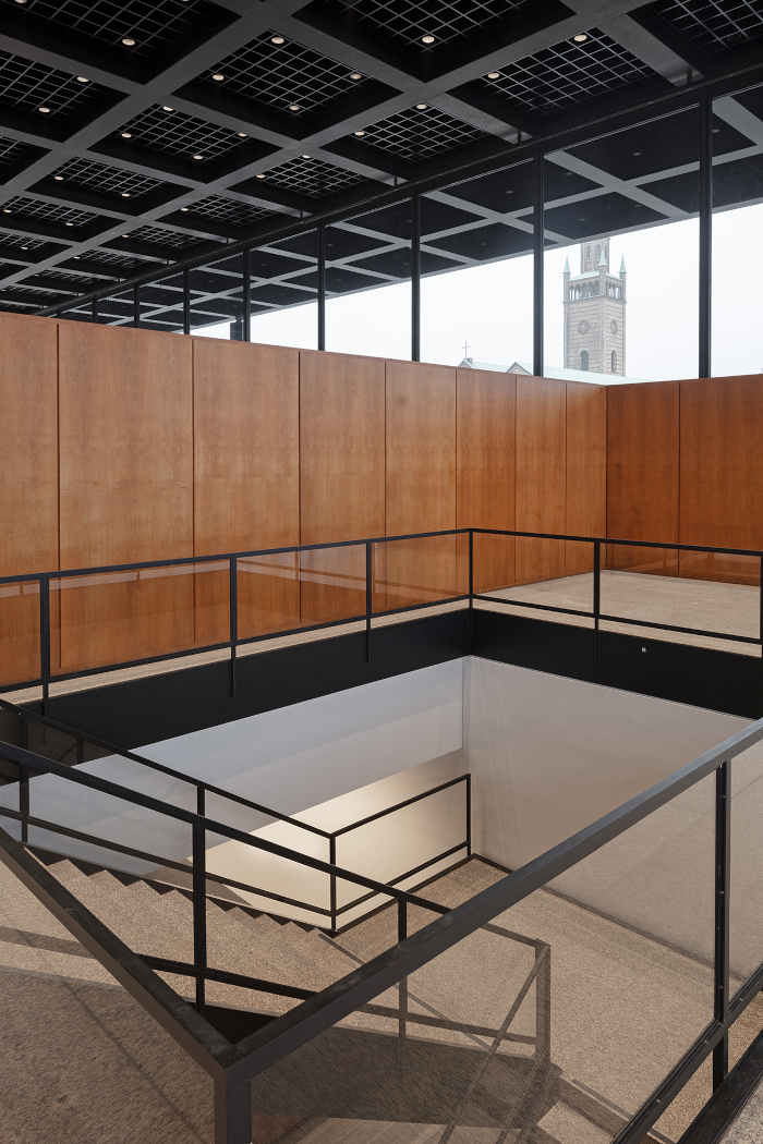 The ground floor of the Neue Nationalgalerie, where Mies's staircase leads down to the artwork it houses.