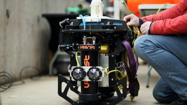 Autonomous Aquatic Inspection and Intervention (A2I2), an intelligent underwater survey robot