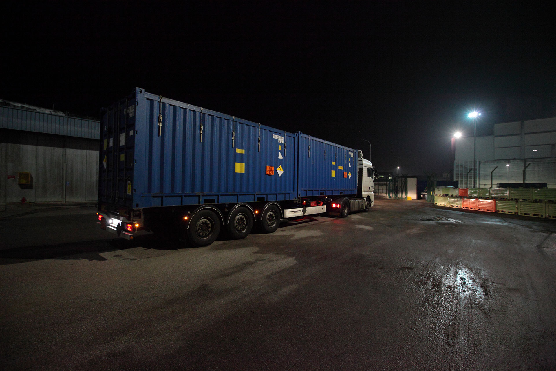 Shipment leaves Italy for treatment at Bohunice in Slovakia (credit: Sogin)