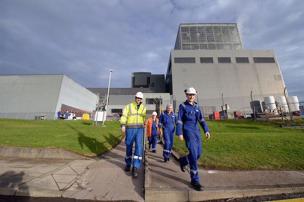 Workers at Hunterston B (Credit: EDF Energy)