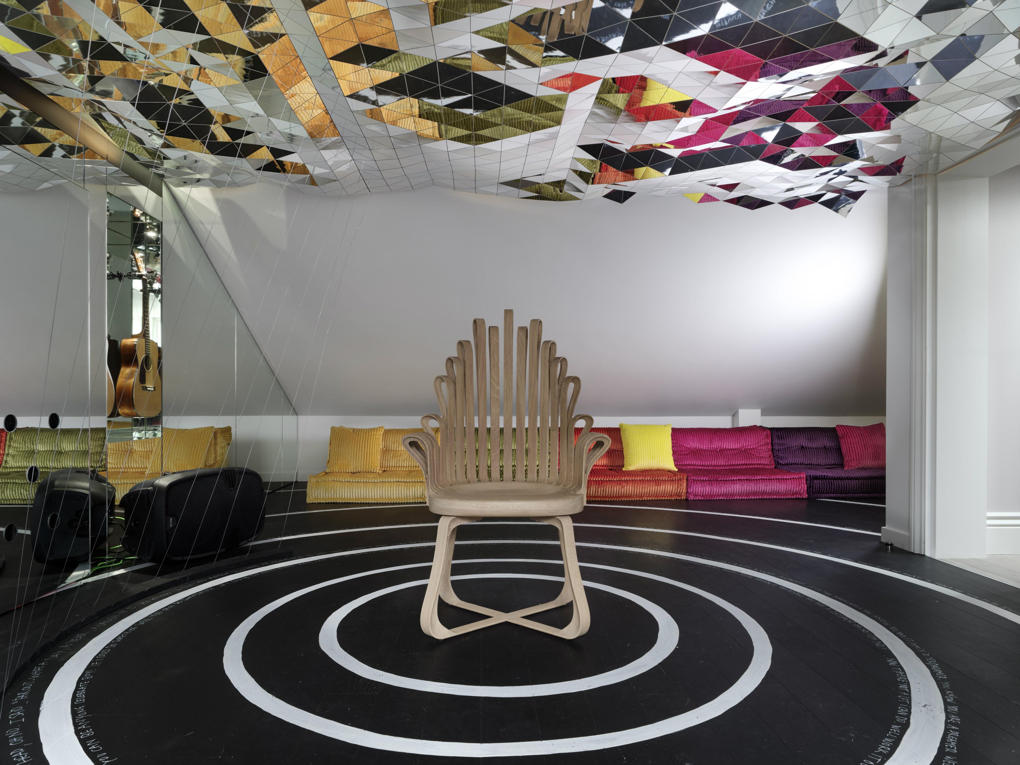 Dreamer s lounge the roche bobois u philippe maidenberg
