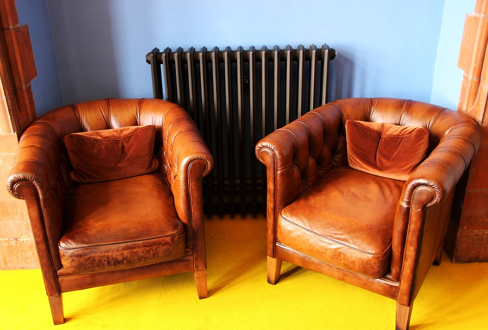 Marrying Old And New In Modern Homes, Modern Used Furniture