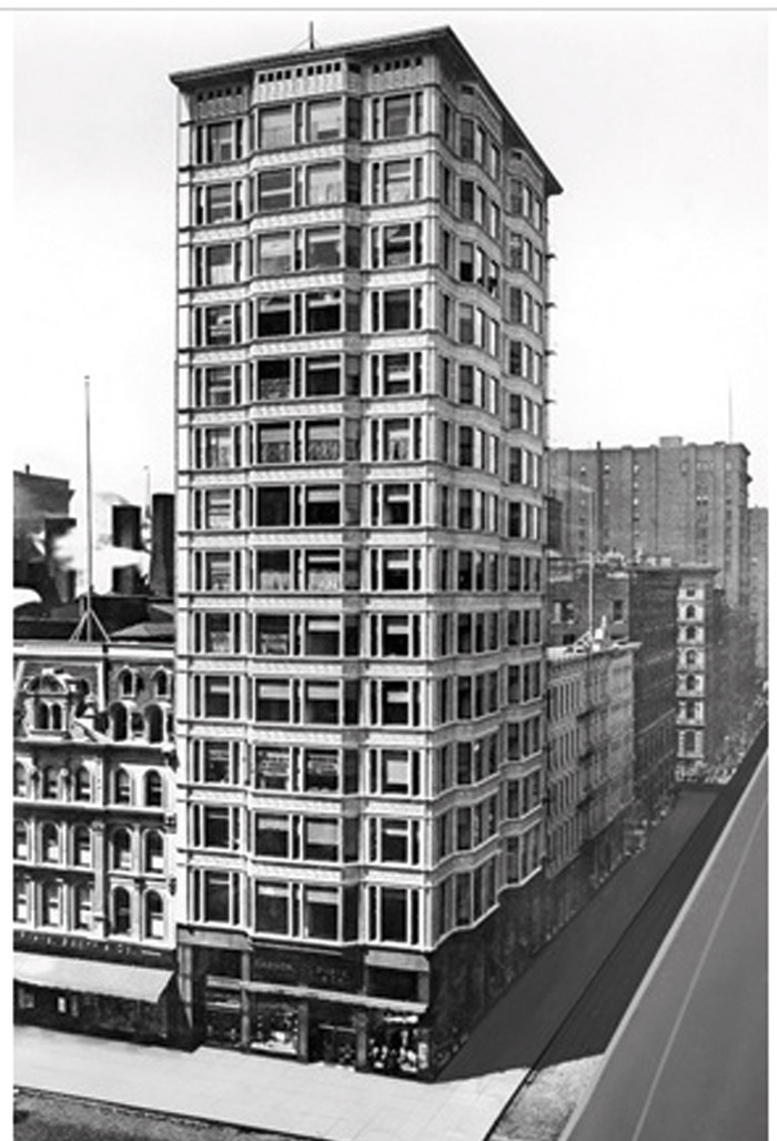 Post Chicago fire, high rise — Reliance Building by Atwood, Burnham & Co, North State Street, Chicago 1890–95. Photo: RIBA Collections