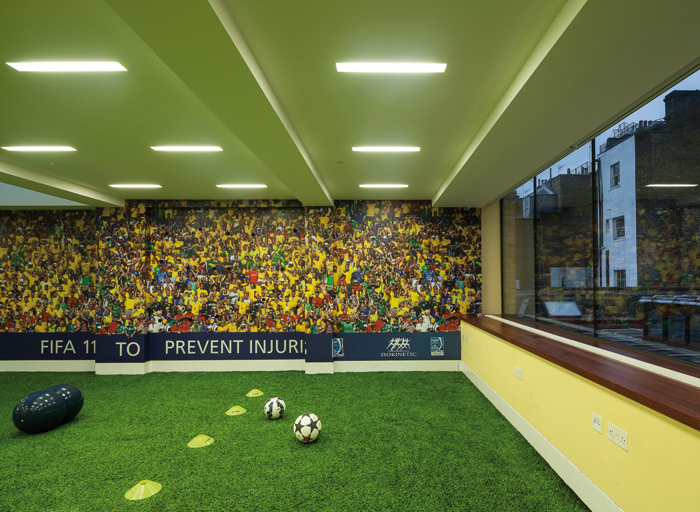 Artificial turf by Desso features in this sports physiotherapy centre in Harley Street