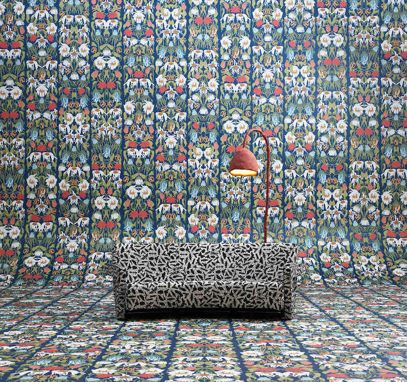 Withered Flowers colour wallpaper by Studio Job and NLXL