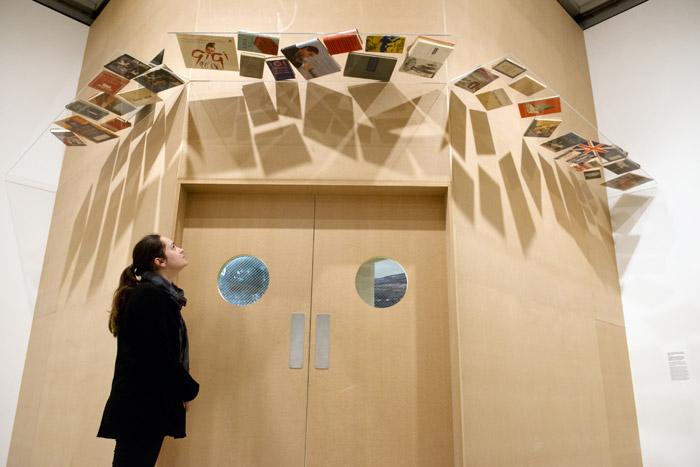 Richard Wentworth, installation view (detail) Photo: Linda Nylind