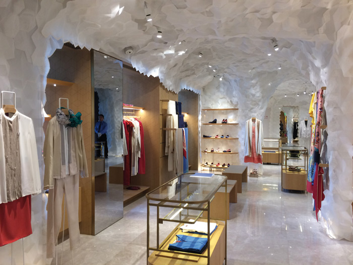 Inside the Shang Xia store in Shanghai, Design is by Kengo Kuma