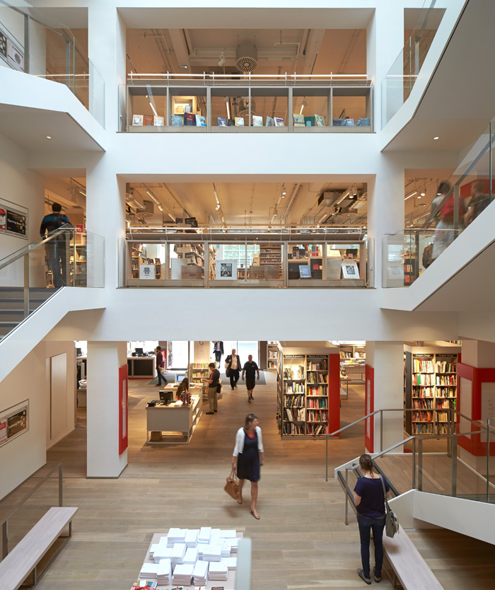 The use of half floors at the new Foyles has given the architect extra space to play with to give the store a more open, contemporary feel. Photo Credit: Hufton + Crow.