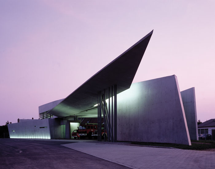 Vitra Fire Station, Weil am Rhein, Germany (1993)