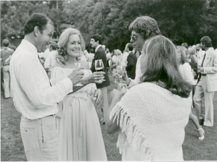 Attendees at the first Napa Valley Auction in 1981, when temperatures soared and ice had to be fetched from Sonoma to keep the beer, wine, and water cool