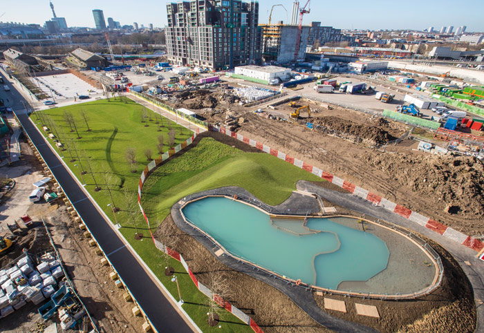 The pond will act as pastoral neighbour to Central Saint Martins College as well as several residential and office towers