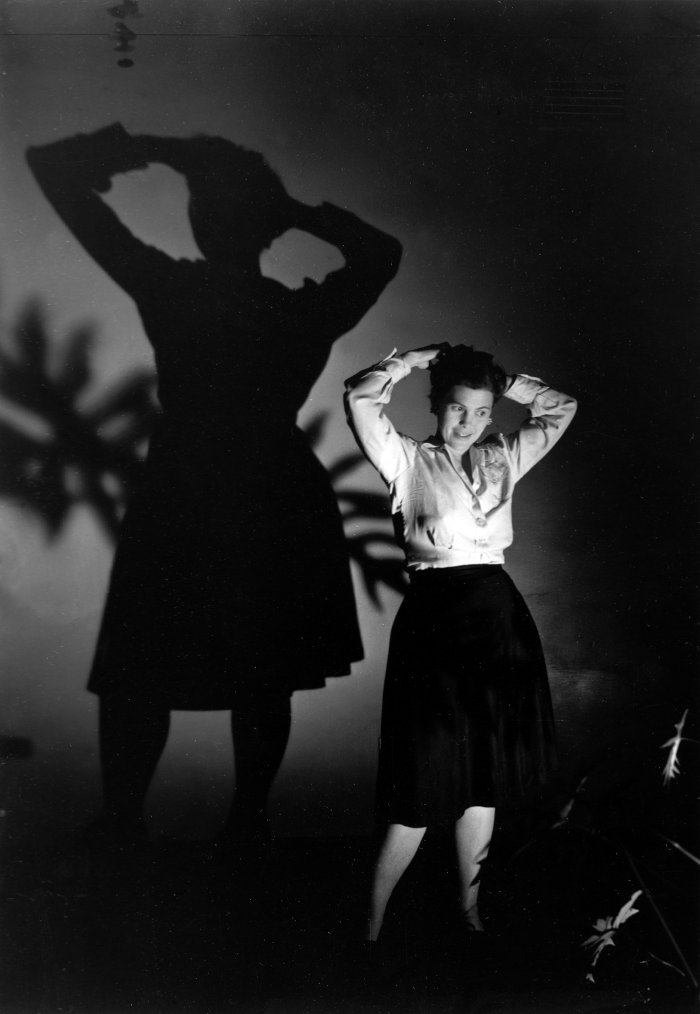 Ray Eames plays with light and shadow at the Strathmore apartment, Los Angeles, in the early Forties