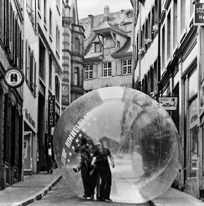 Who's driving? The Restless Sphere, demonstrated in Basel, 1971, was a 'transparent habitat' and also a 'means of transport'